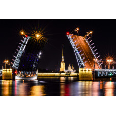 Draw Bridges Night Tour in St. Petersburg, Russia